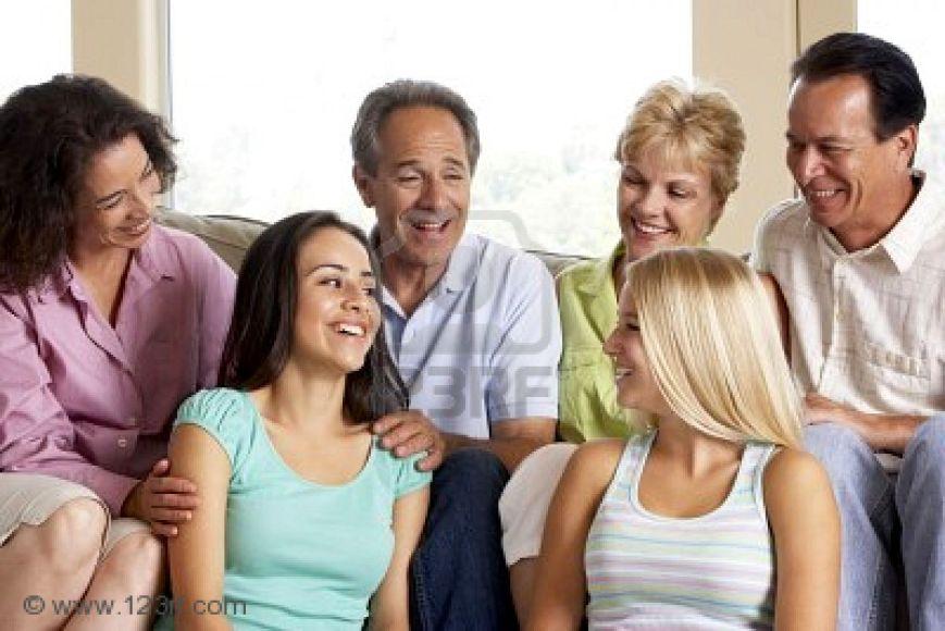 4646493-dos-familias-unidas